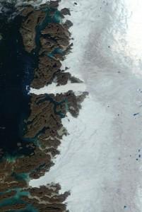 Jackobshavn glacier August_2003a